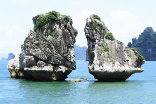 Ha Long Bay (Full day)
