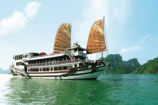 Royal Palace Cruise  2 Days – 1 Night